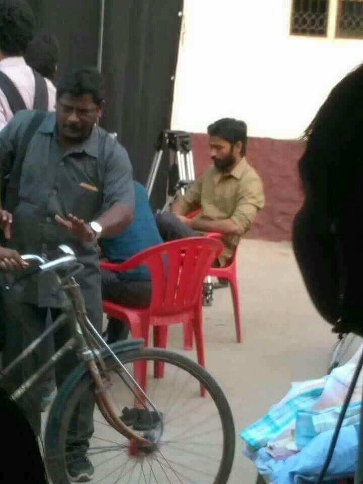 Dhanush at Maari 2 shooting spot.