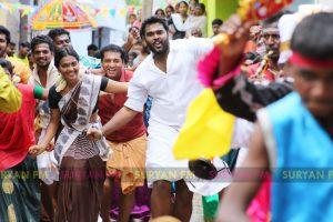 Shanmugapandian, Meenakshi starrer Maduraveeran stills.