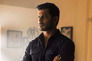 Vishal's still from Irumbu Thirai.