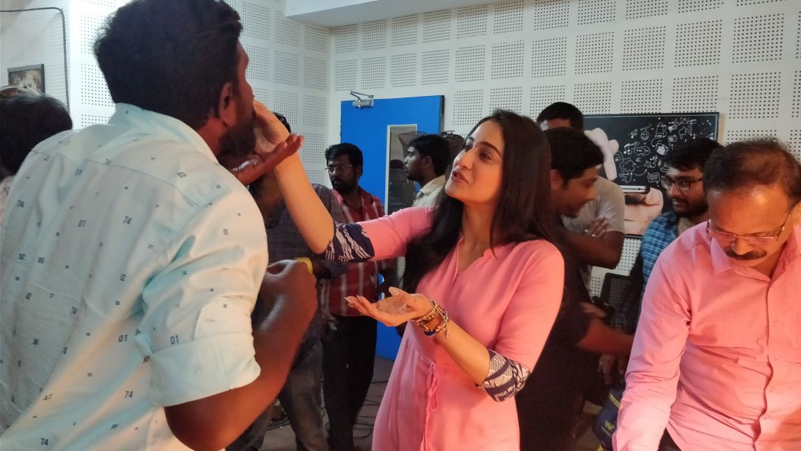 Regina Cassandra completes shooting her talkie portions in Mr. Chandramouli.