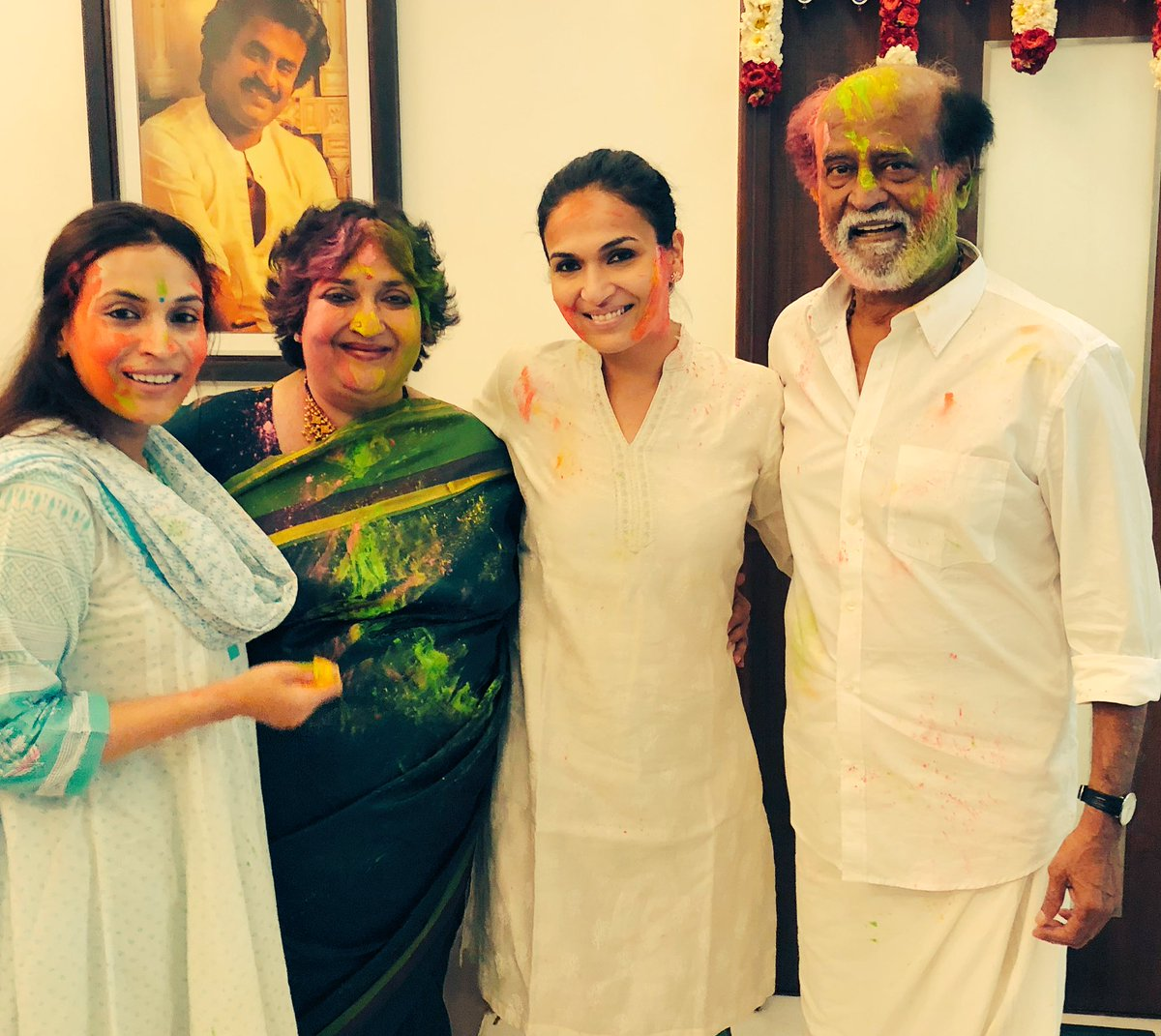 Rajinikanth's Holi celebration with family