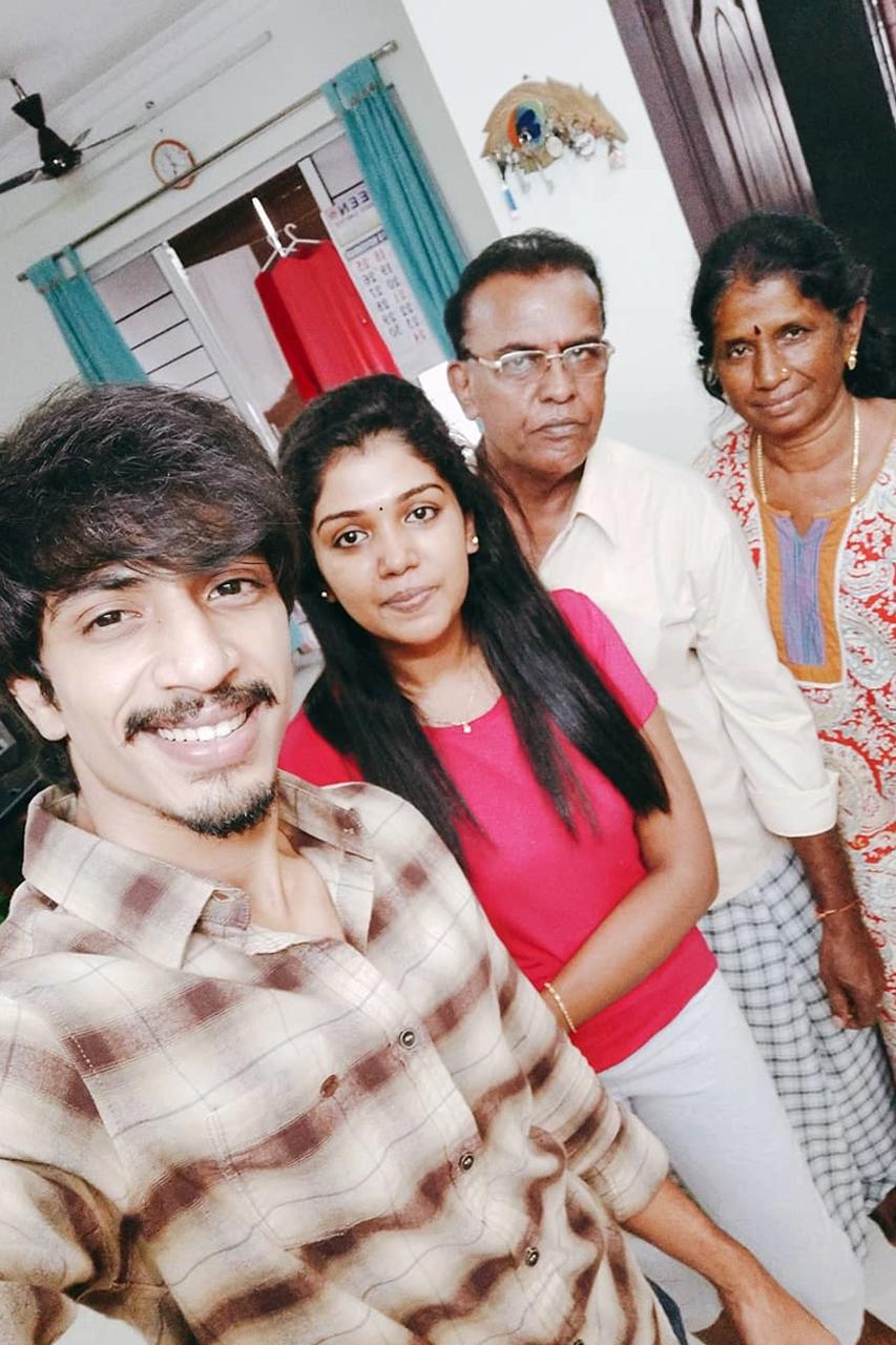 Shariq Hassan Riythvika family