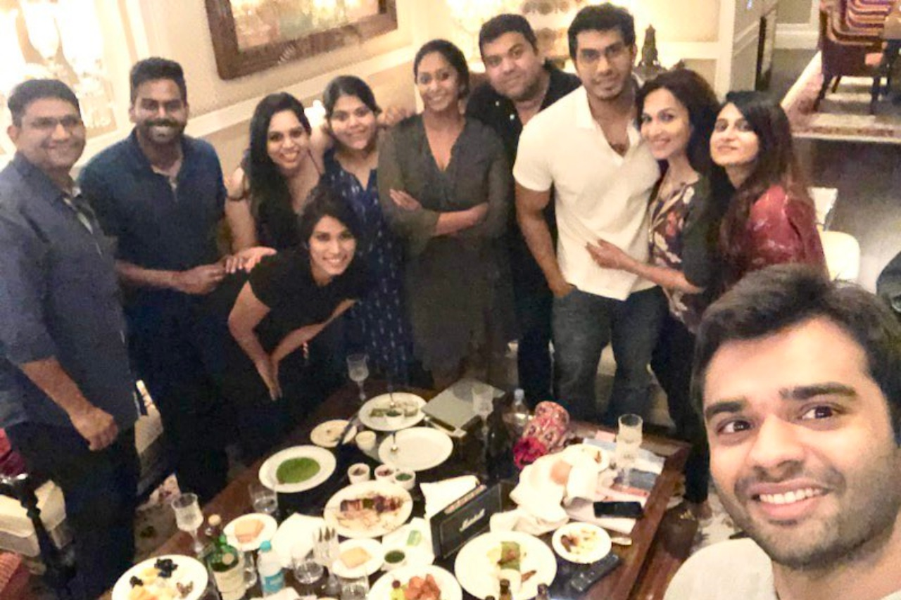 Soudarya Rajinikanth shares adorable post wedding picture with Ved Vishagan and cousins