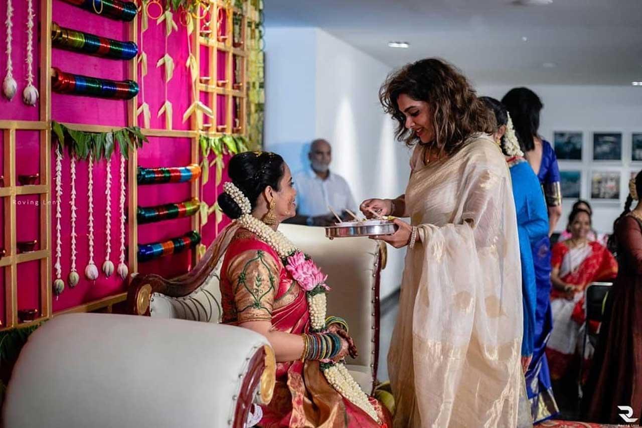 Kadhal Sandhya Photos 1