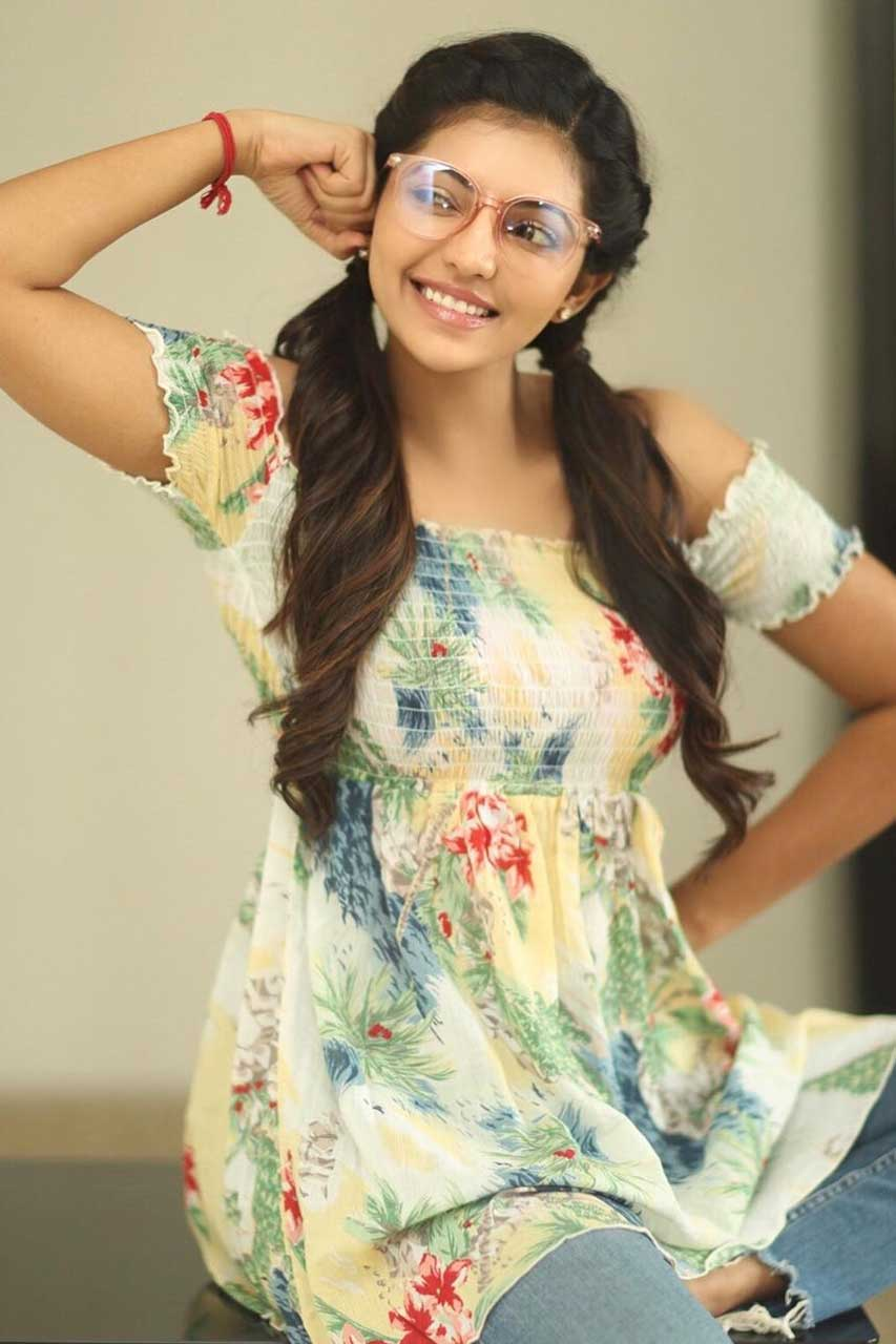 Athulya Ravi New Photos