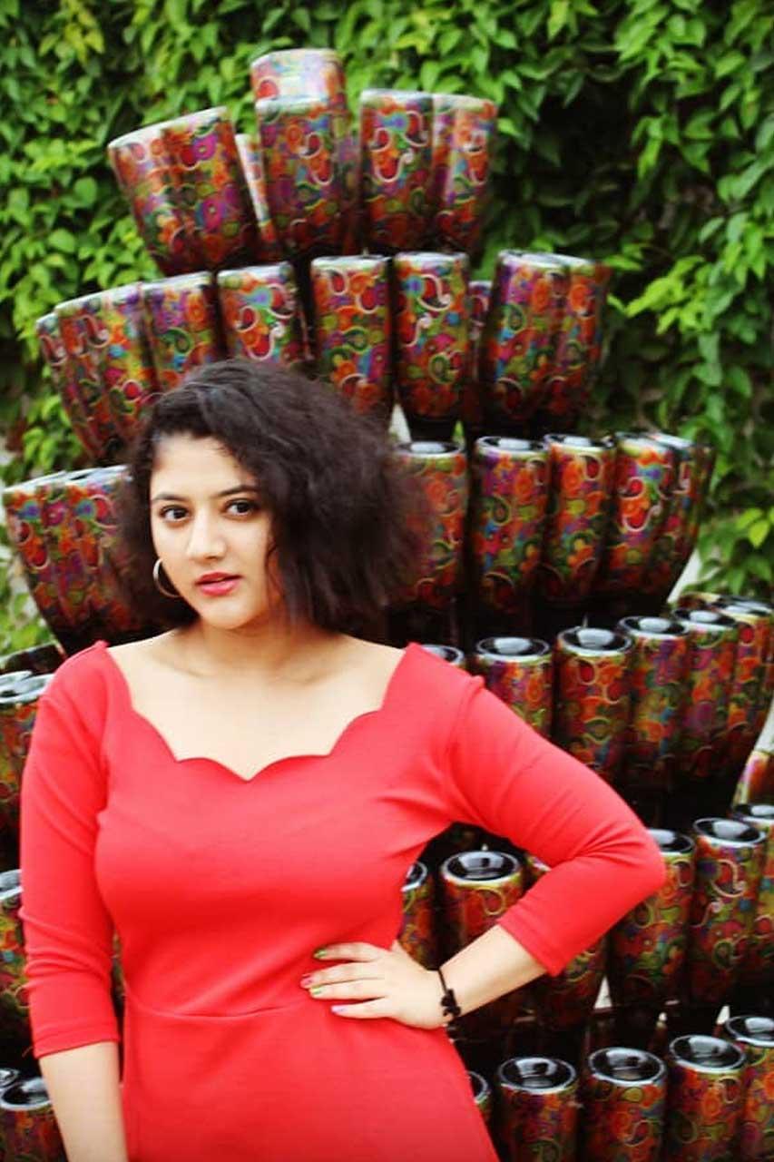 Shriya Sharma Photos