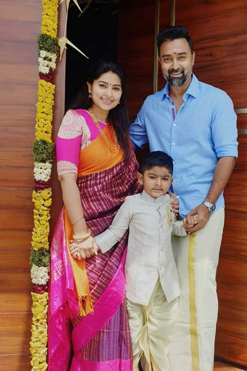 Sneha Prasanna Family Photos