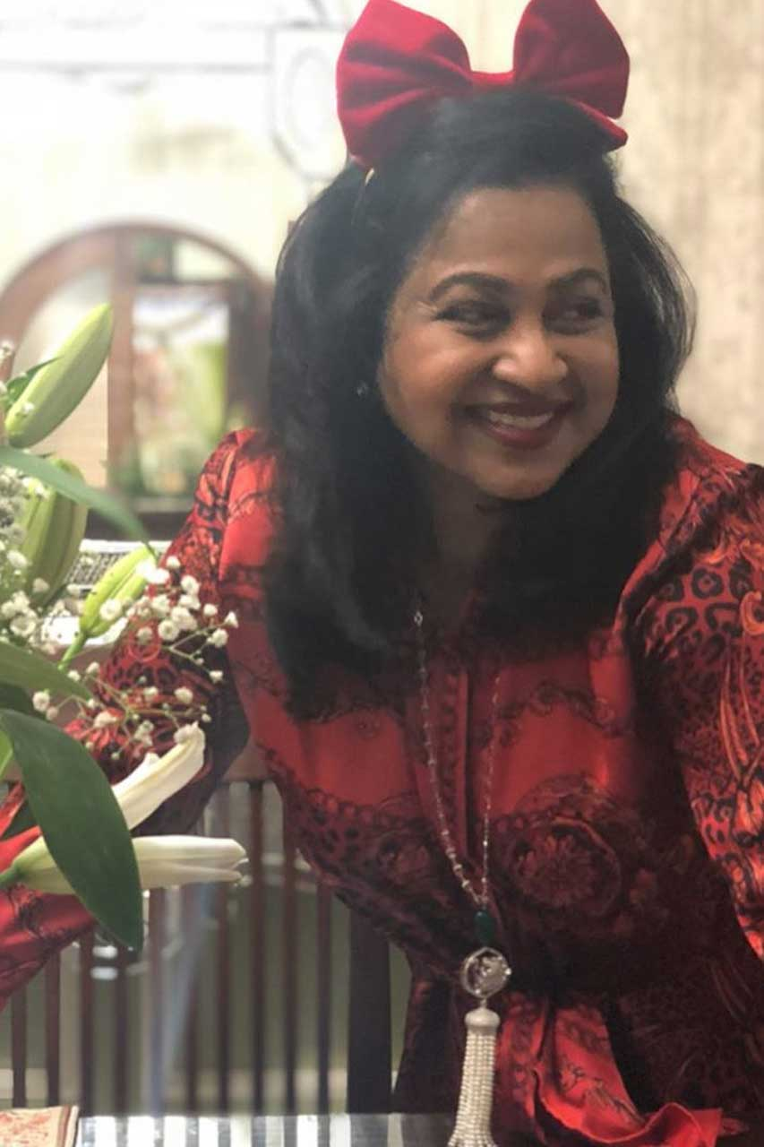 Radikaa Sarathkumar Photos