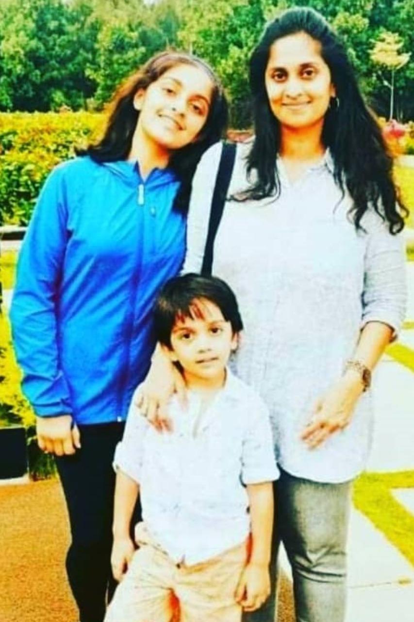 Ajith Shalini - family photos