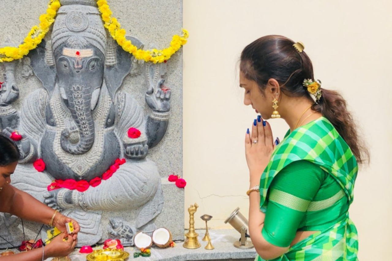 Actress Pritha Hari - Vinayagar Chathurthi celebration