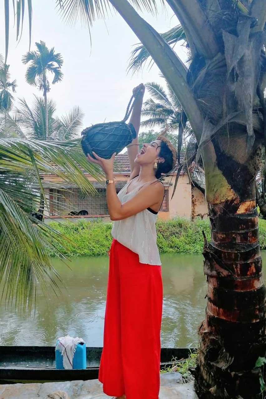 Amala Paul Photos
