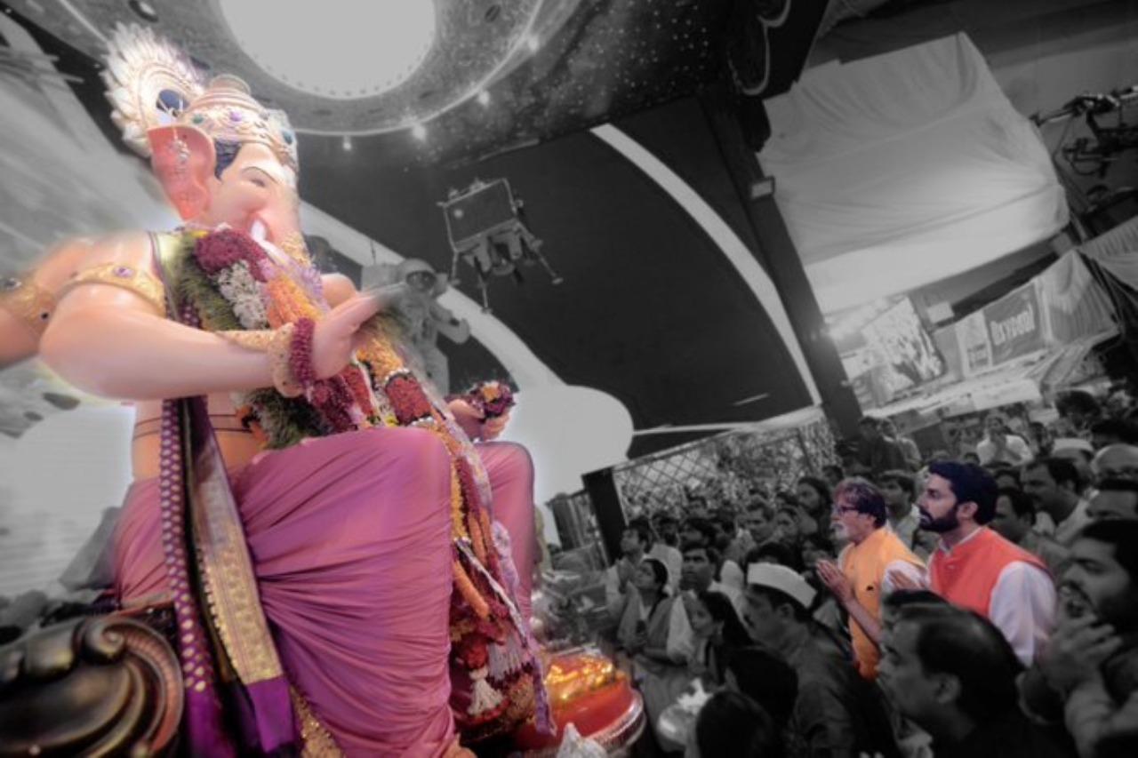 Amitabh and Abishek bachchan - Vinayagar Chathurthi