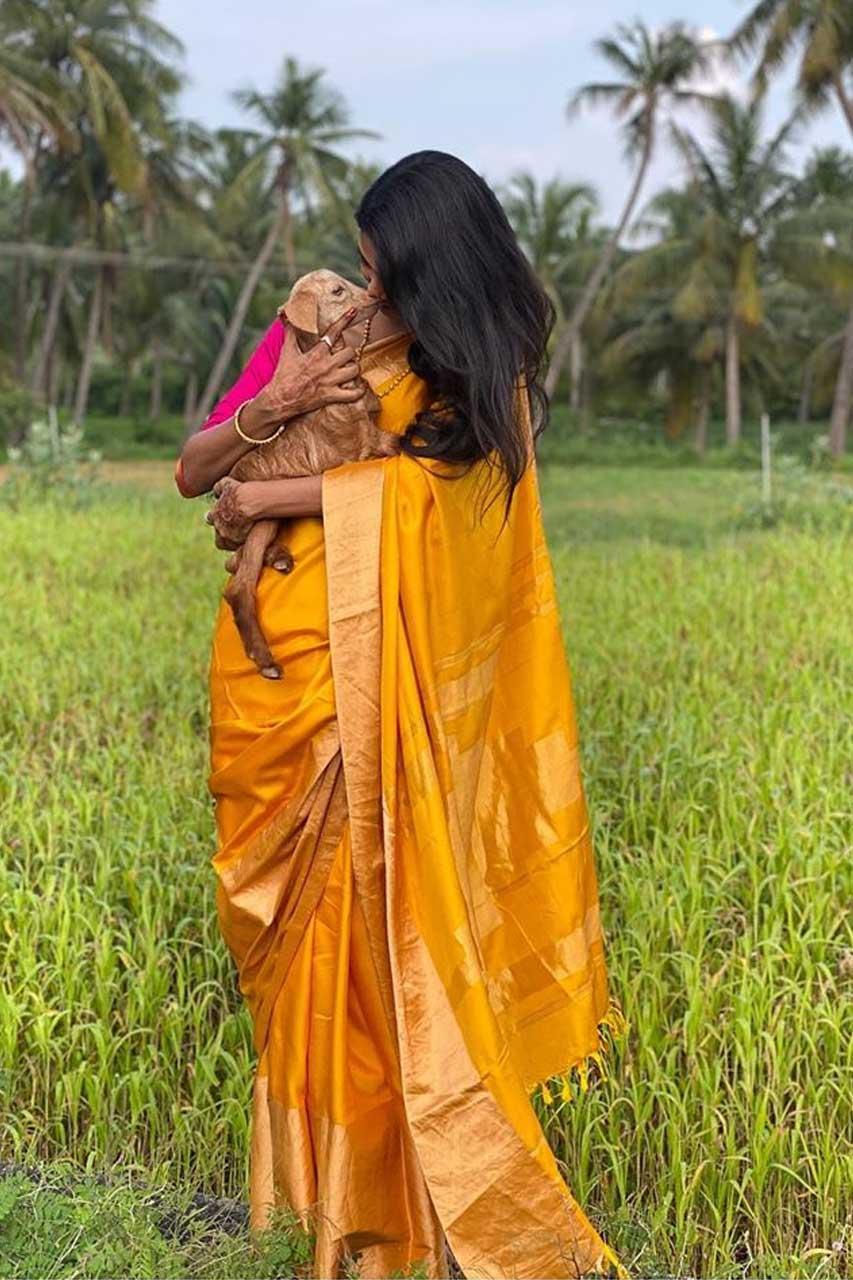 Keerthi Pandian Photos